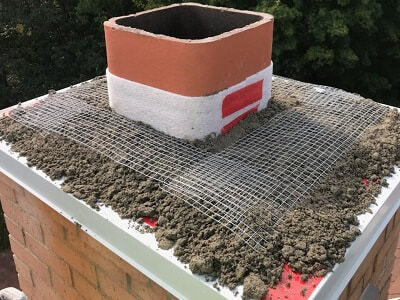Chimney crown expansion joint